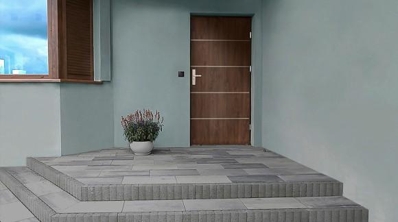 Drzwi zewnętrzne wejściowe otwierane na zewnątrz czy do środka?